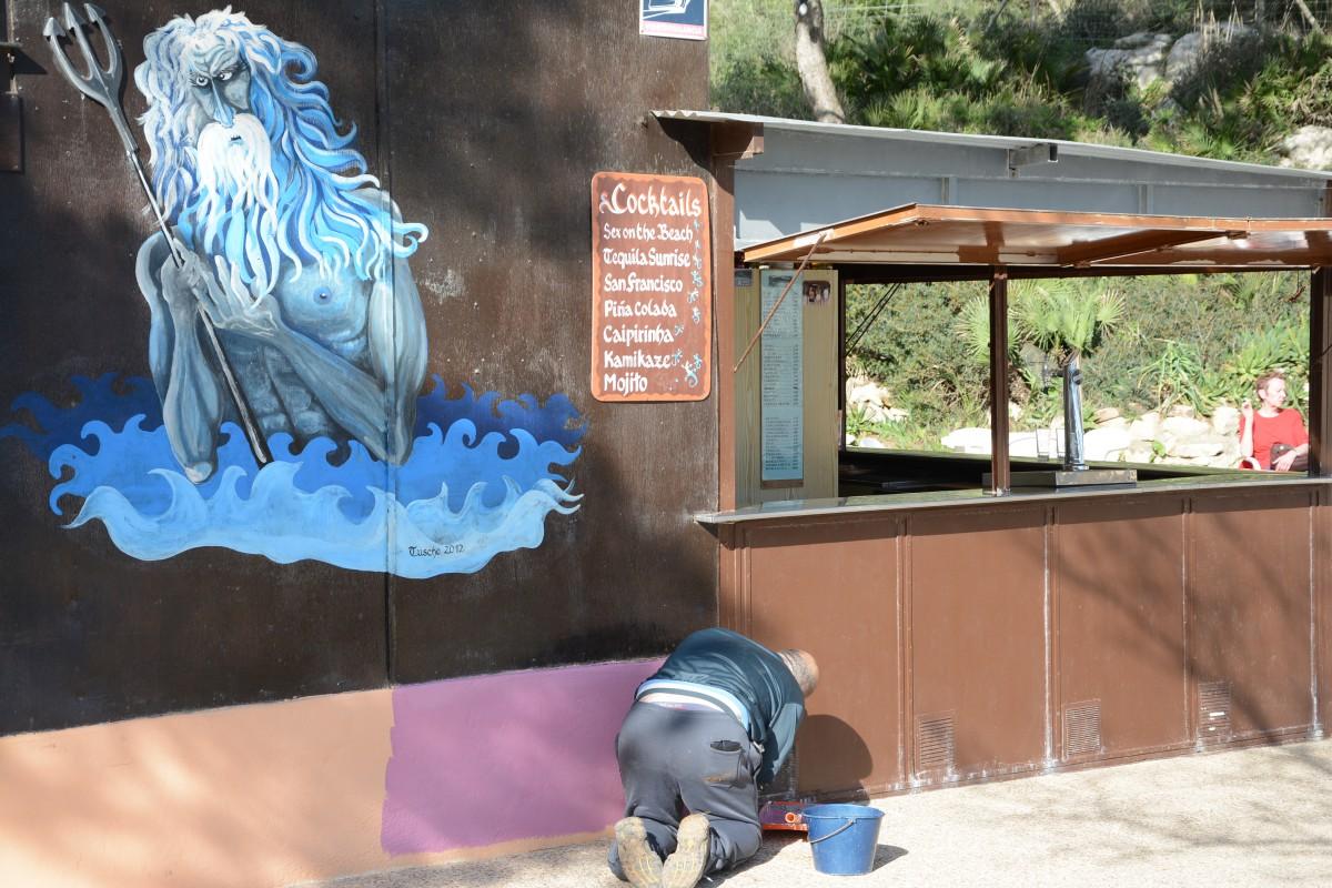 Neuer Anstrich für den Chiringuito in der Cala de Gat ...