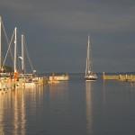 Im Sommer ist der Hafen auch offen für Segelyachten