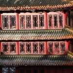 Authentische Details wie die Keramikziegeln am China-Turm