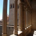 Arkaden im Palast von Olite