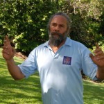 "Aboriginal Guide Robert Mills sagt: ""I am Crocodile"""