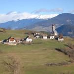 Die Dolomiten sind immer präsent