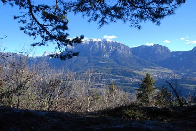 Aussicht auf die Dolomiten von der Fennpromenade