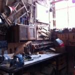 Alte Werkbank in der Werfthalle